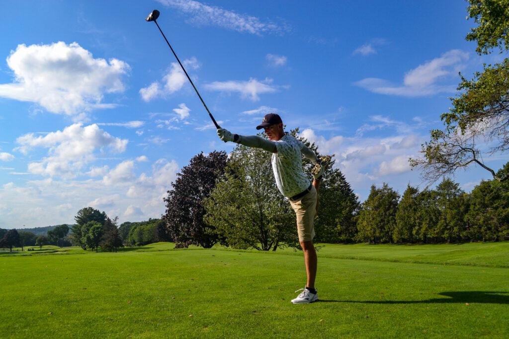 Yoga-Golfer